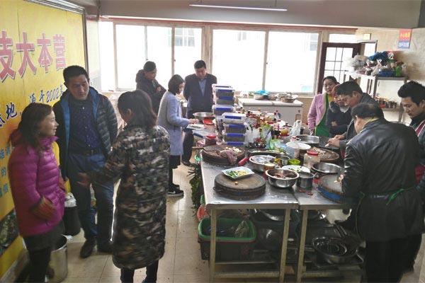 正川厨艺学员现场咨询