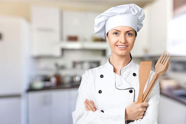 女生学厨师好不好